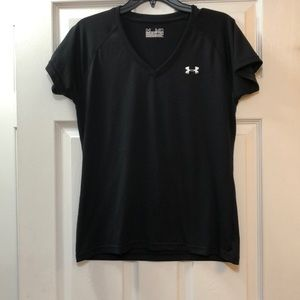 Under armour semi- fitted heat gear t-shirt